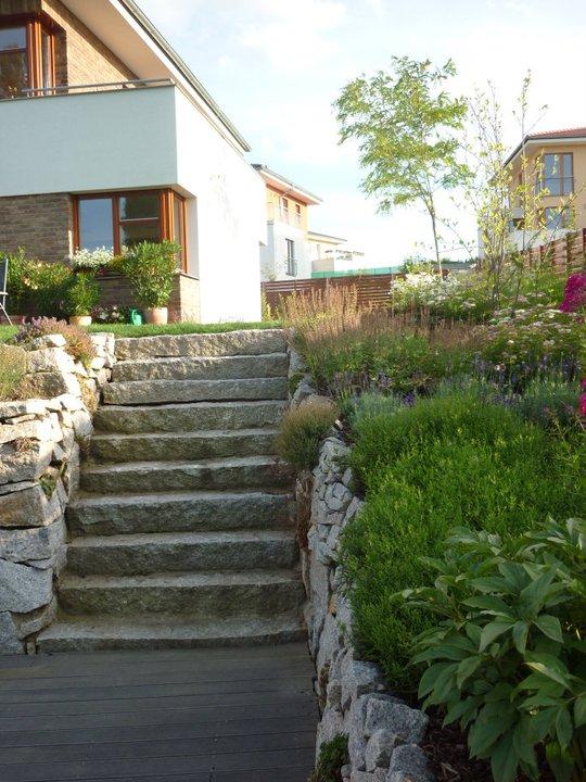 Schody z opuky - Zahrada