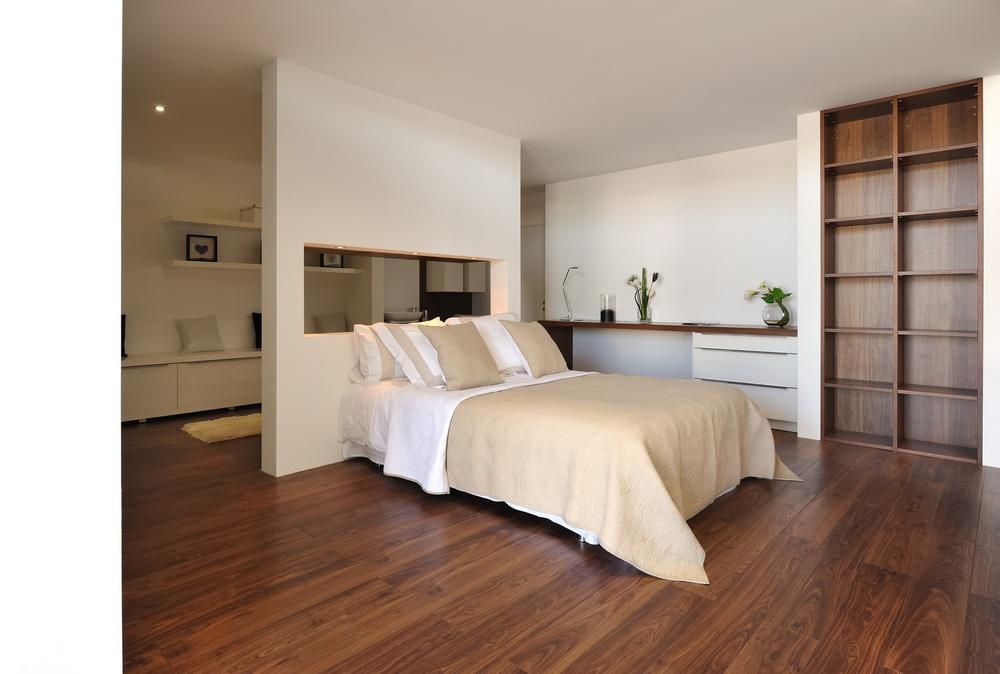 Interi r akusticky odhlu en interi ry byt a dom - Idee chambre parentale avec salle de bain ...