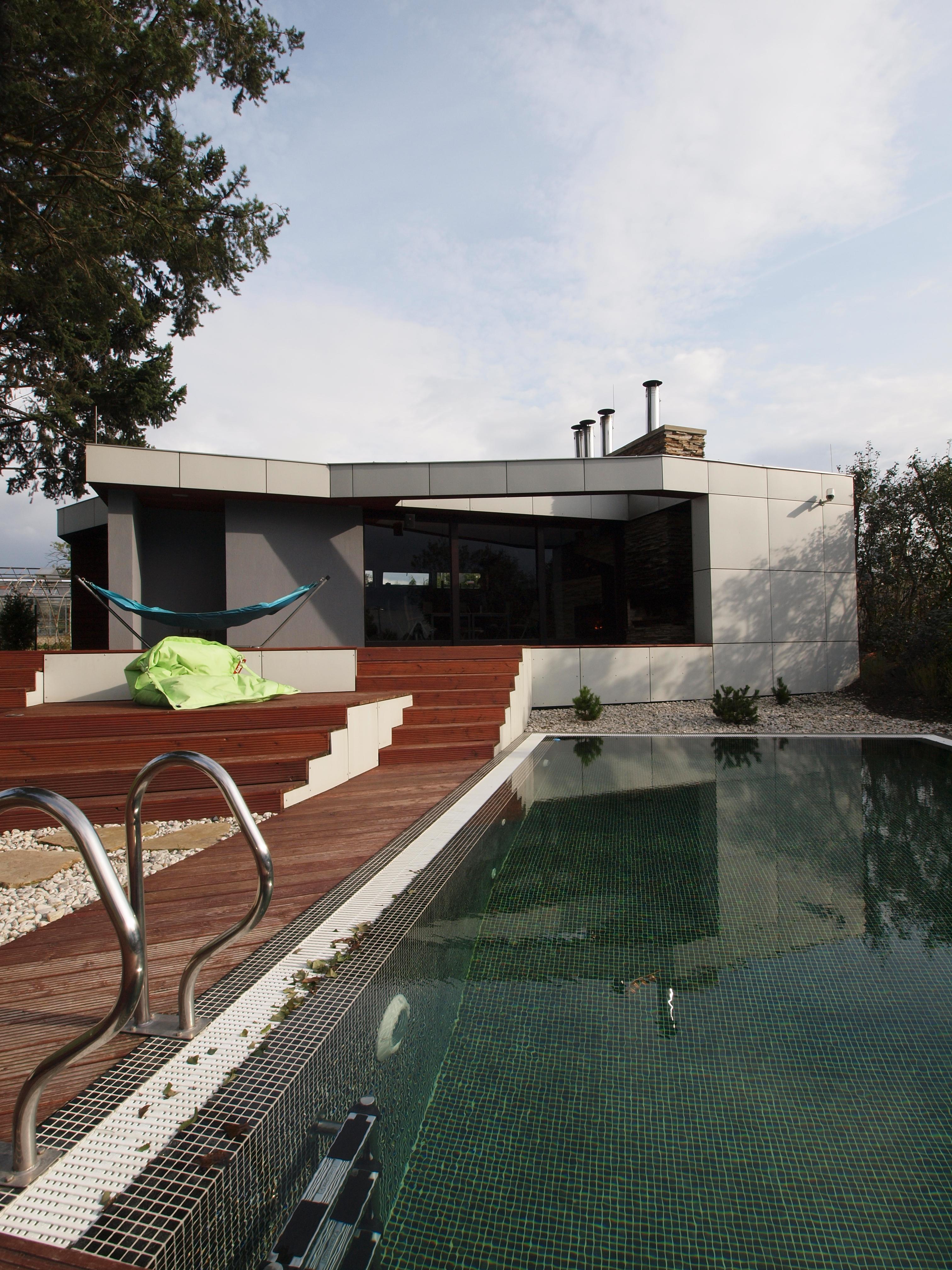 Domy s bazény