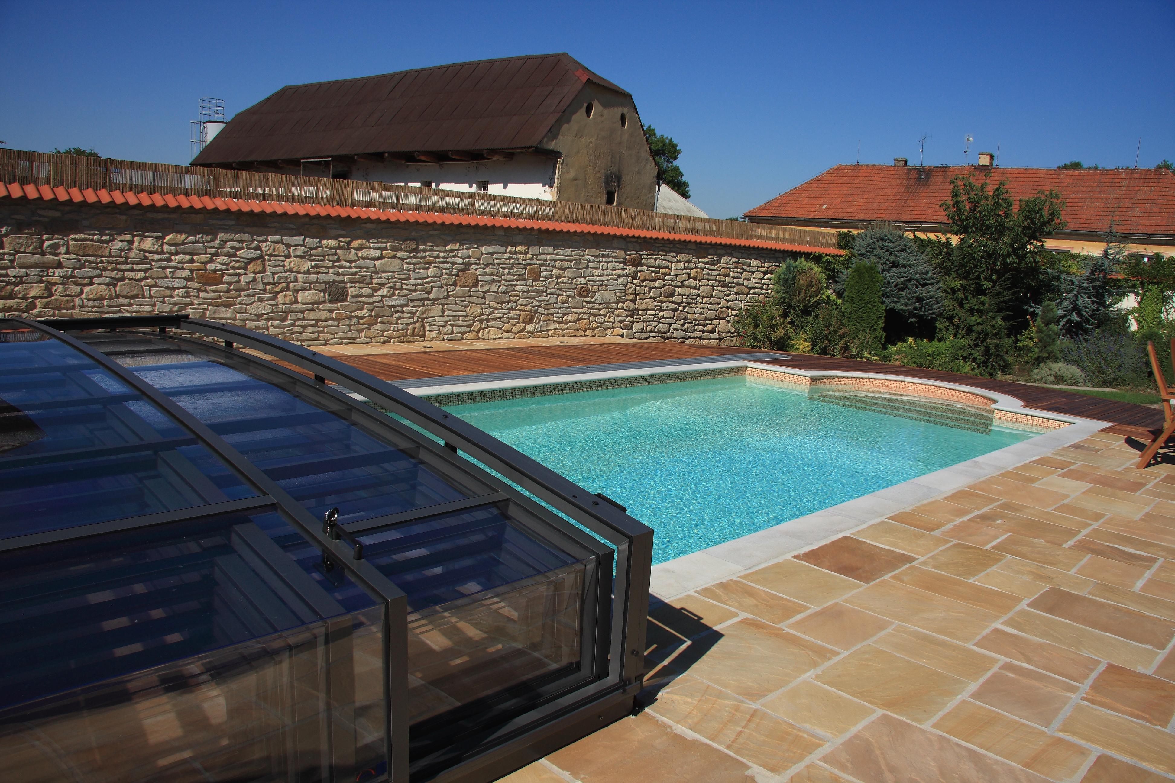 Bazény Marseille koncepce