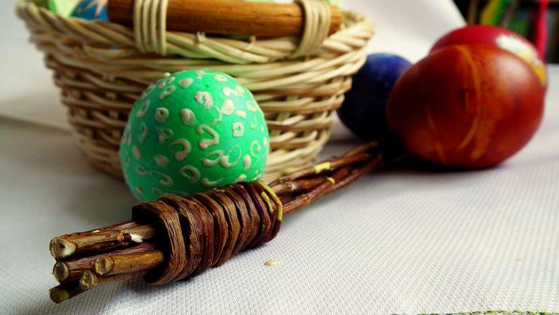 Velikonoce - vejce a pomlázka