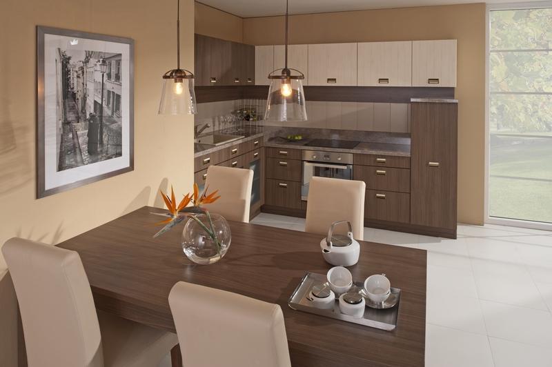 Kuchyně v odstínech hnědé