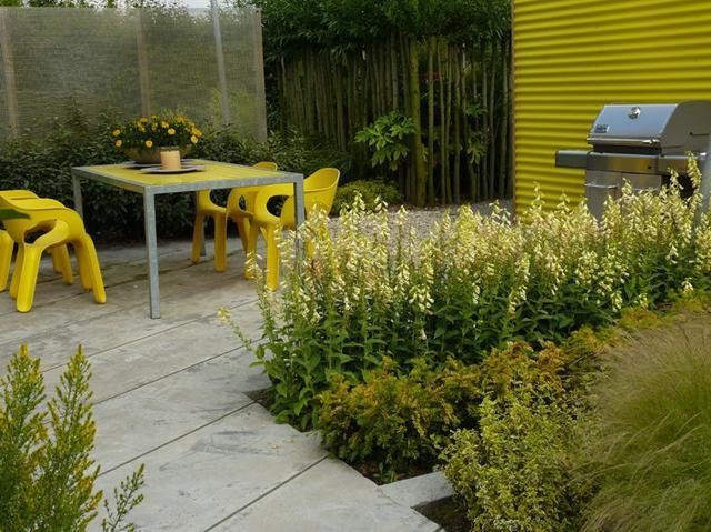 Zahradní nábytek v žluté