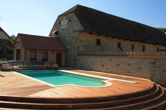 Bazény Marseille umístění