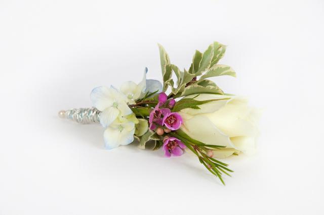 Svatební kytice do klopy
