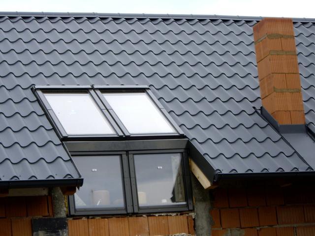 Stavba domu svépomocí střešní okna