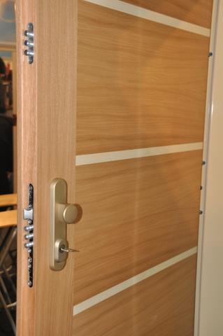 Bezpečnostní dveře  design dýha