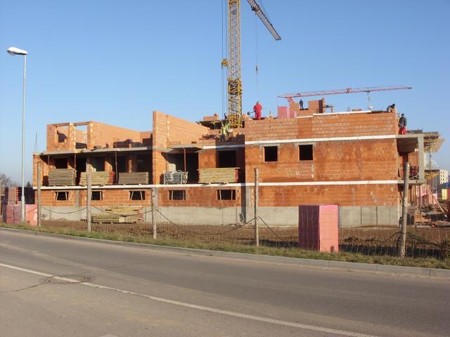Stavba bytového domu svépomocí