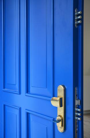 Kazetové bezpečnostní  dveře a jistící body