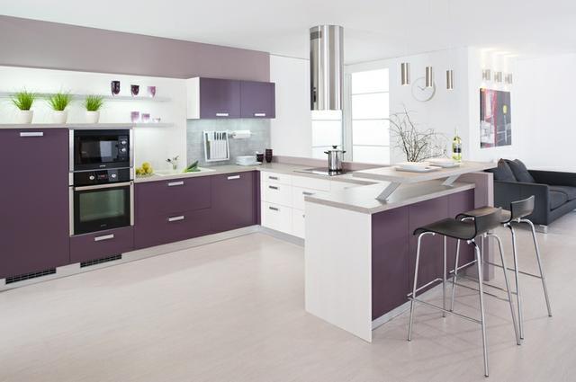 Kuchyně v trendových barvách