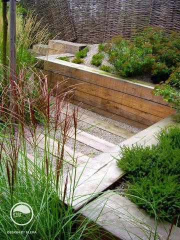 Přírodní materiály v zahradách