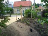 Zahrada příprava trávník