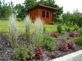 Zahradní domky a trvalky