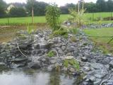 Zahradní jezírko napouštení